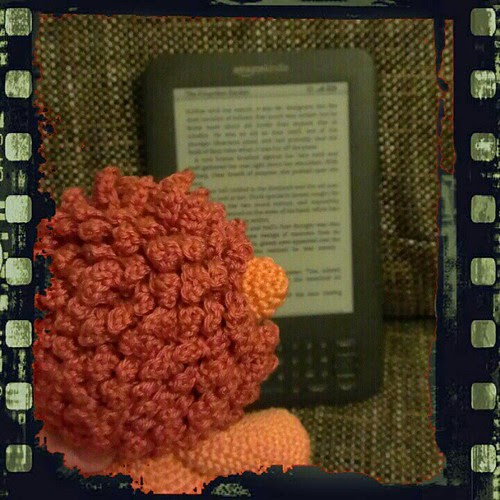 Day 4: what I / we read: the kindle, at the moment its the forgotten garden by Kate Morton #FMSphotoaday #kindle #amigurumi #crochet #instadaily #instagood #instamood #photoaday