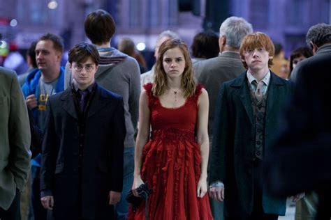 New On set and Behind the Scenes Photos from Harry Potter