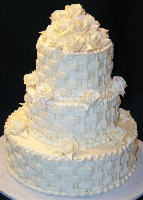 1000  images about Basket Weave Cakes on Pinterest   Happy