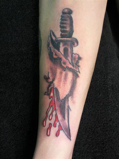 fantastic knife tattoos ideas