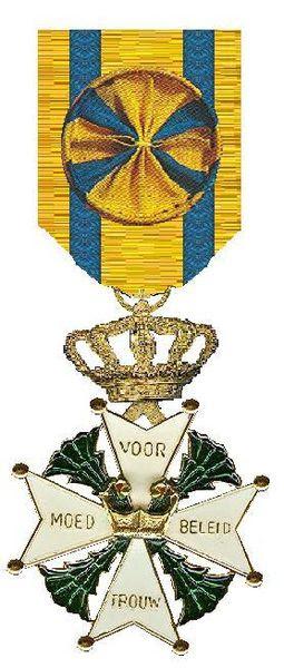 File:Officier in de Militaire Willems-Orde.jpg