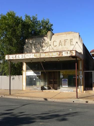 Yenda Cafe, Yenda