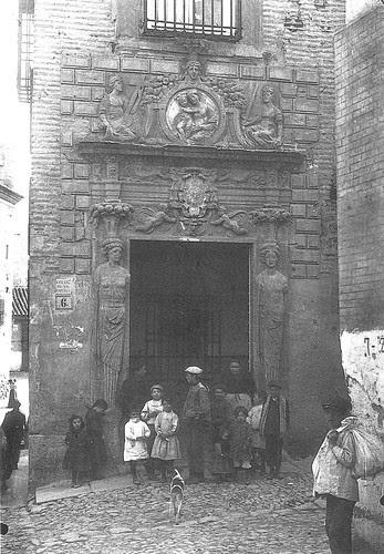 Colegio de Infantes (Toledo) a principios del siglo XX. Archivo Rodríguez