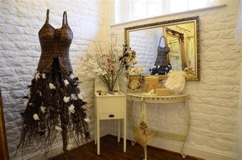 Caring & intimate bridal shop experience: Sanyukta