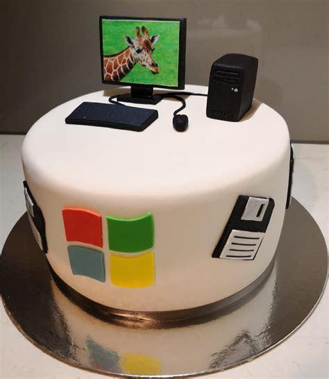 Windows Computer Themed Cake   Nikkie's Novelty Cakes