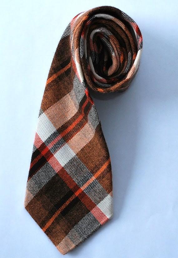 vintage plaid tie brown orange - checked wool mens necktie Distinctive Ties 1960s 1970s