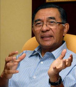 Saya minta Nasaruddin turut membuat temujanji dengan Presiden Umno kerana tidak ada apa-apa yang kita tidak boleh selesaikan. Kalau ada kelapangan dia boleh juga berjumpa dengan Najib esok,
