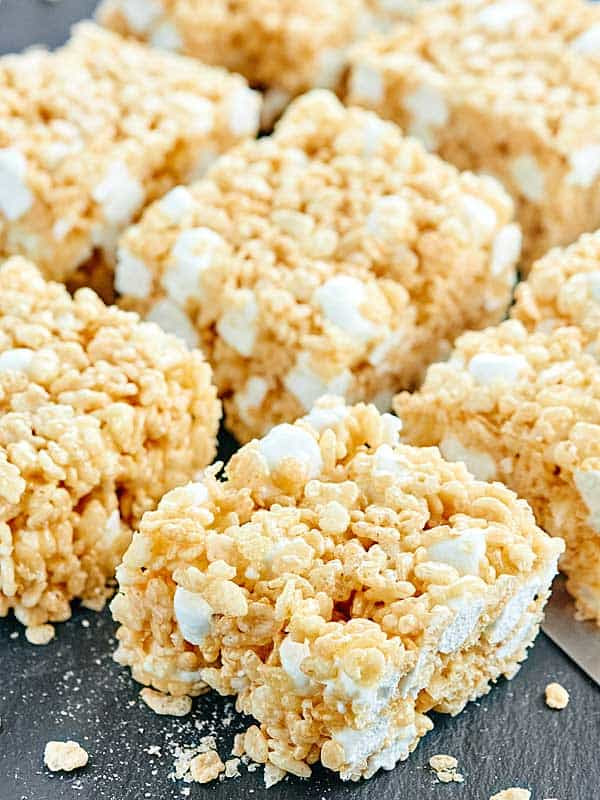 Rice Krispie Treats Recipe - 10 minute dessert