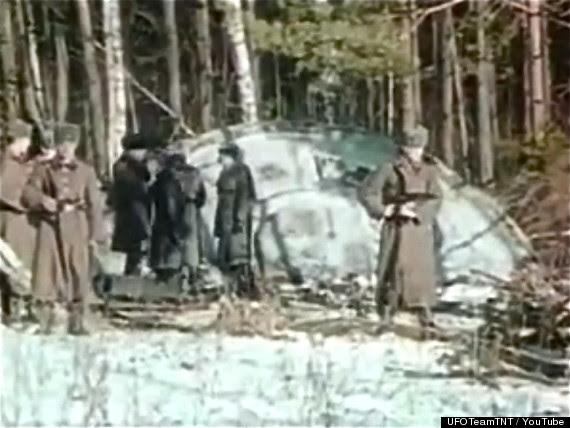 Stillshot de vídeo de UFO acidente Rússia vazada por ex-funcionários da KGB.  Fonte: The Secret KGB UFO Files