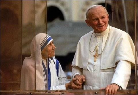 Juan Pablo II y MadreTeresa de Calcuta