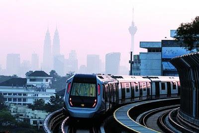 """捷运是""""提高公共交通效率""""的其中一项重头计划。"""