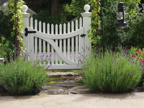 Kendall Lane Designs traditional landscape