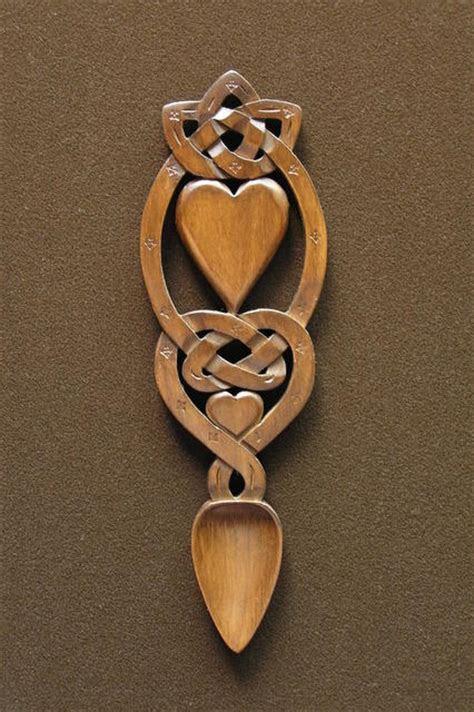 lovespoon 44 [spoon44]   £39.00 : Welsh love spoons The