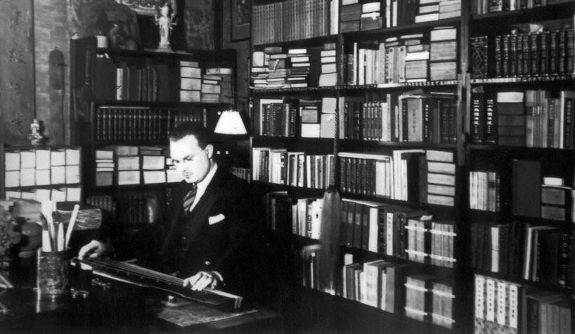 Robert Hans Van Gulik