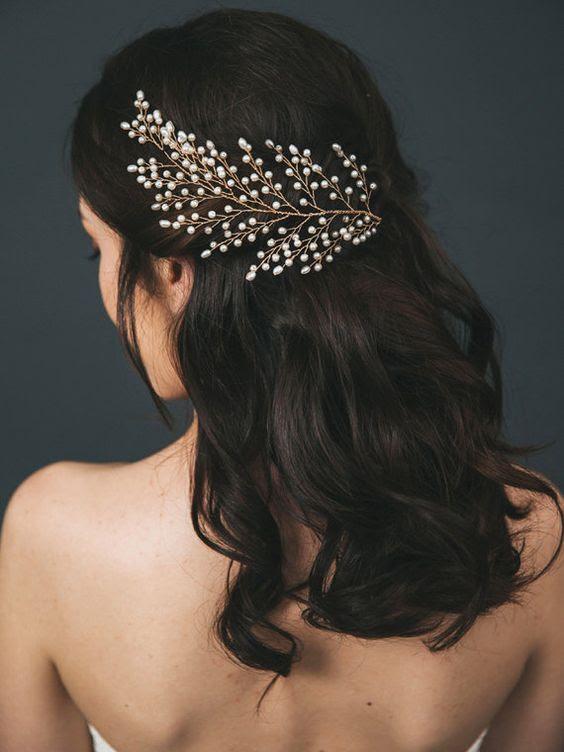eine Kopfbedeckung wird eine gute Idee sein, wenn Sie wissen, welche Frisur Sie gewählt hat