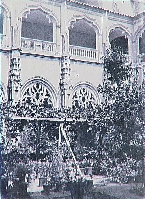 Claustro de San Juan de Los Reyes en 1858. Fotografía de Gustave de Beaucorps. (C) RMN (Musée d'Orsay) / Franck Raux