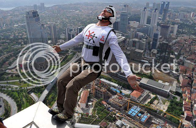 BASE Jumper in Istambul
