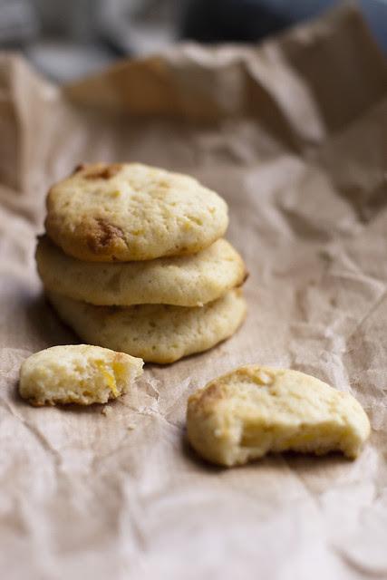 Valge šokolaadiga sidruniküpsised / Lemon cookies with white chocolate