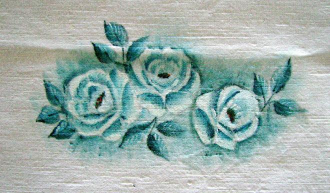 Centro de Mesa com Rosas Auis