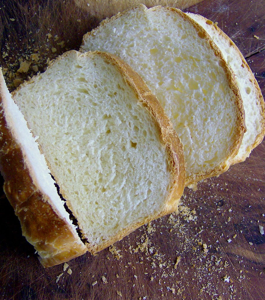 Pan con buttermilch, desayuno en domingo.