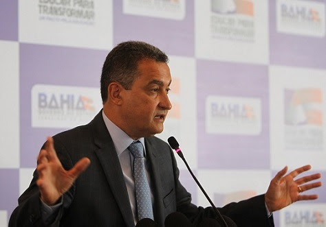 Governador Rui Costa admite que o Estado está sem caixa para reajustar salários (foto Secom)