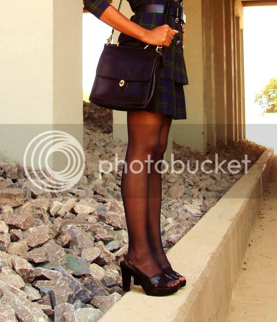 Sheer stockings in navy blue
