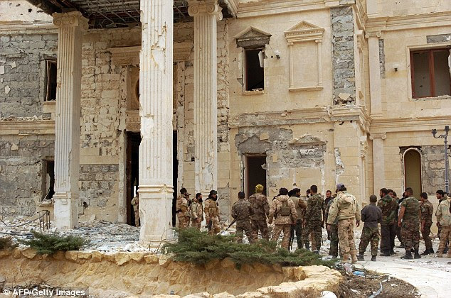 Syrian troops today recaptured a mansion belonging to a member of the Qatari royal family in Palmyra