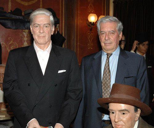 Mario Vargas Llosa - Museo de Cera de Madrid, España