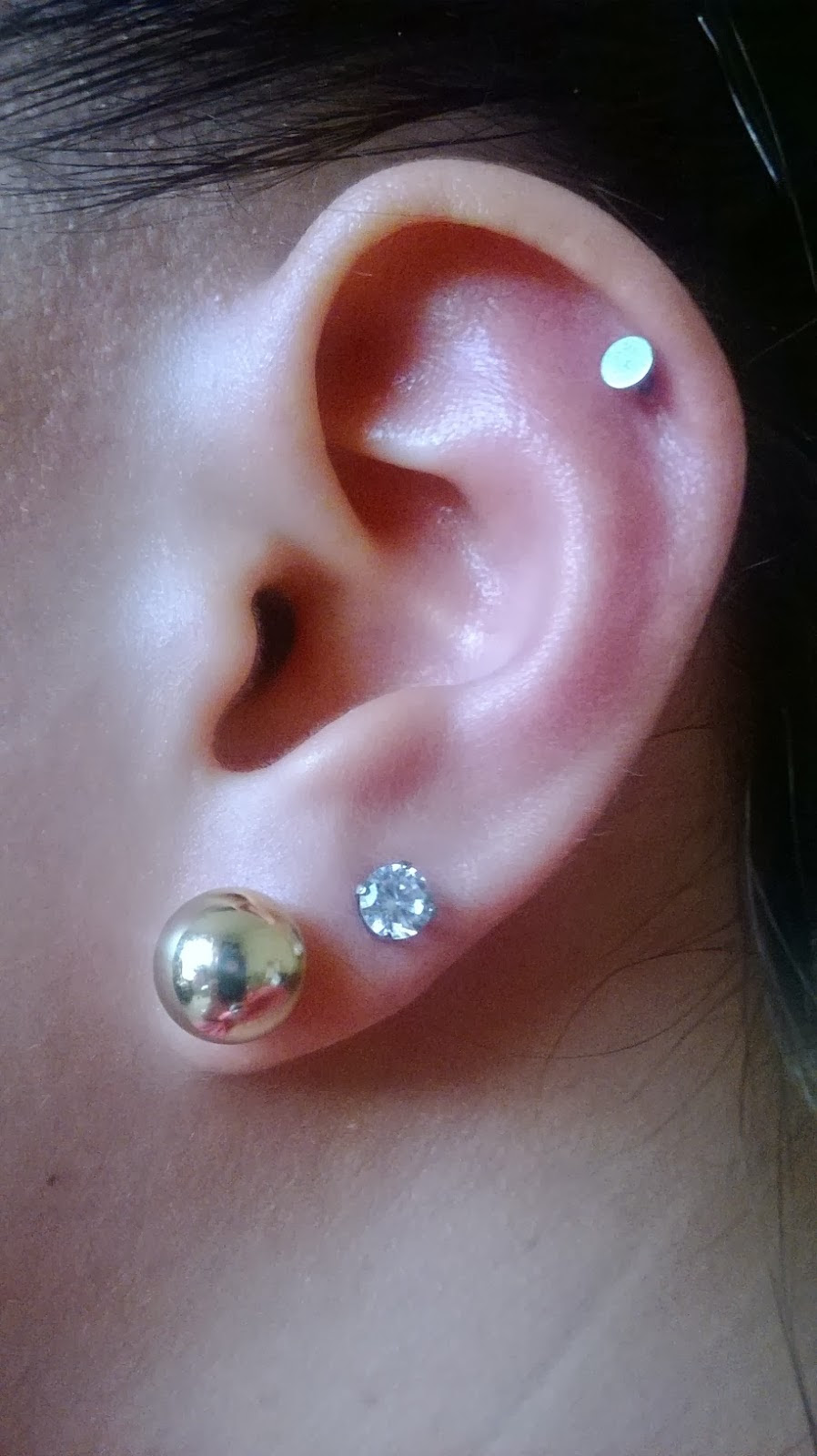 Cartilage Piercing Facts Precautions Aftercare Pictures Body