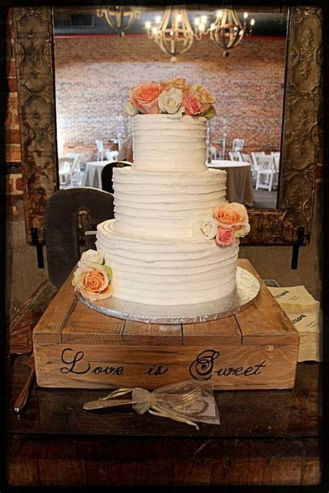 Rustic wedding cake stand from Etsy shop Serene Village