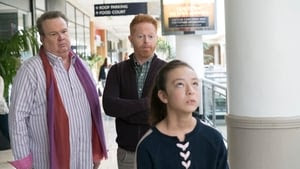 Modern Family Season 9 : Daddy Issues