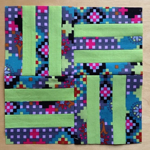 I adore using the Dowry fabric in these blocks. Colt's Corral block #ponyclubquilt #annamariahorner