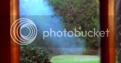 http://i298.photobucket.com/albums/mm253/blogspot_images/Raaz/PDVD_030.jpg