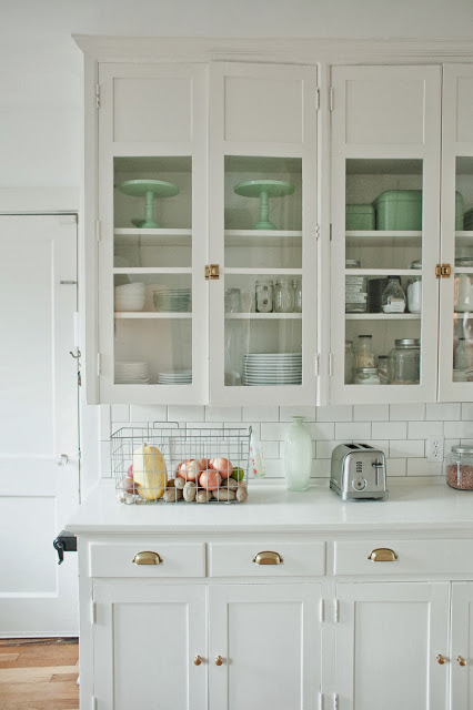 Ideas And Expert Tips On Glass Kitchen Cabinet Doors ...