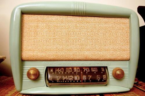 Radio General Electric by Fernando Candeias, on Flickr