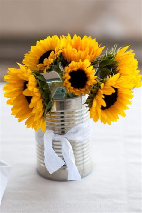25  best ideas about Sunflower table centerpieces on