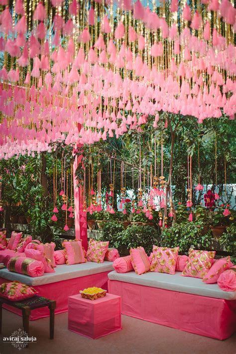 Chic Wedding in Delhi with Exquisite Decor!   wedding