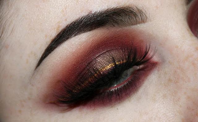 abh modern renaissance grunge makeup look anastasia beverly hills alternative girl