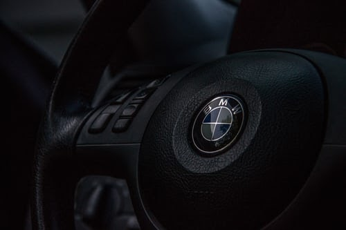 BMW unveils 'black' car 'world's darkest'