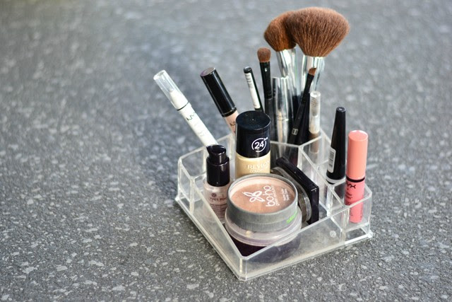 daily make up routine dagelijks make up routine fashion blogger turn it inside out belgium action make up box yves rocher kwasten brushes nyx hema blog post