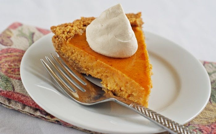 sweet potato pie plus links to several pies perfect for Thanksgiving!
