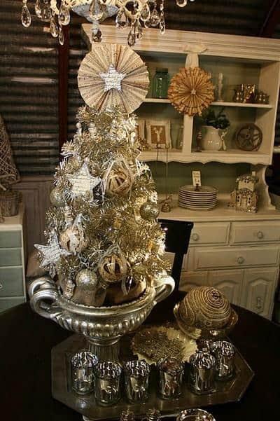 beautiful-vintage-christmas-trees-27