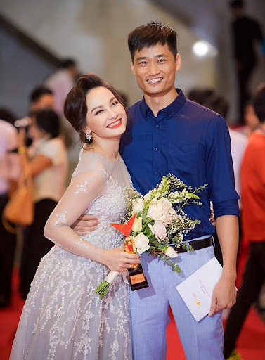 "Having been slapped and acting overly, Bao Thanh calmly replied: ""Invite mothers to see the original before judging"