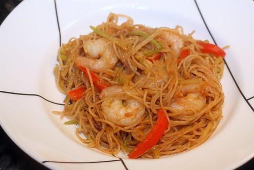 warm asian noodle salad