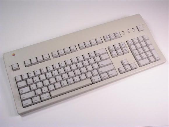 Apple_Extended_Keyboard 1