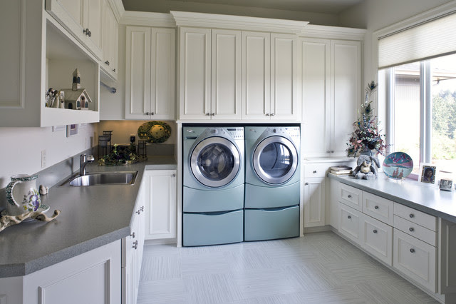 Laundry Room - traditional - laundry room - portland - by Kaufman