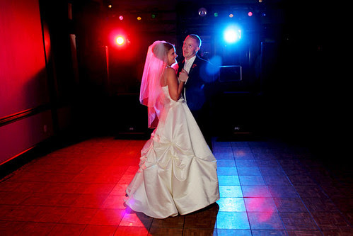 WED FIRST DANCE