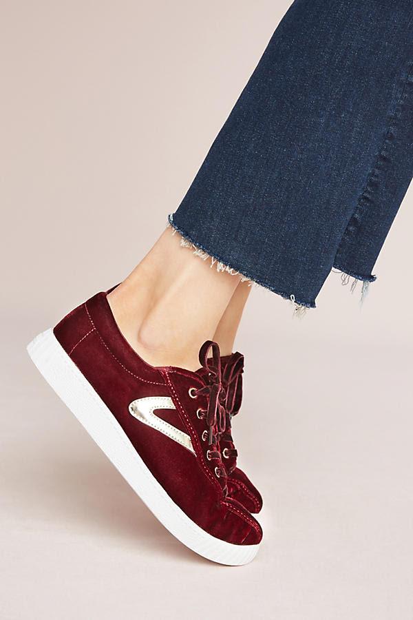 Xu hướng sneaker Thu/Đông 2017 đang khởi động với 4 mẫu giày này - Ảnh 1.