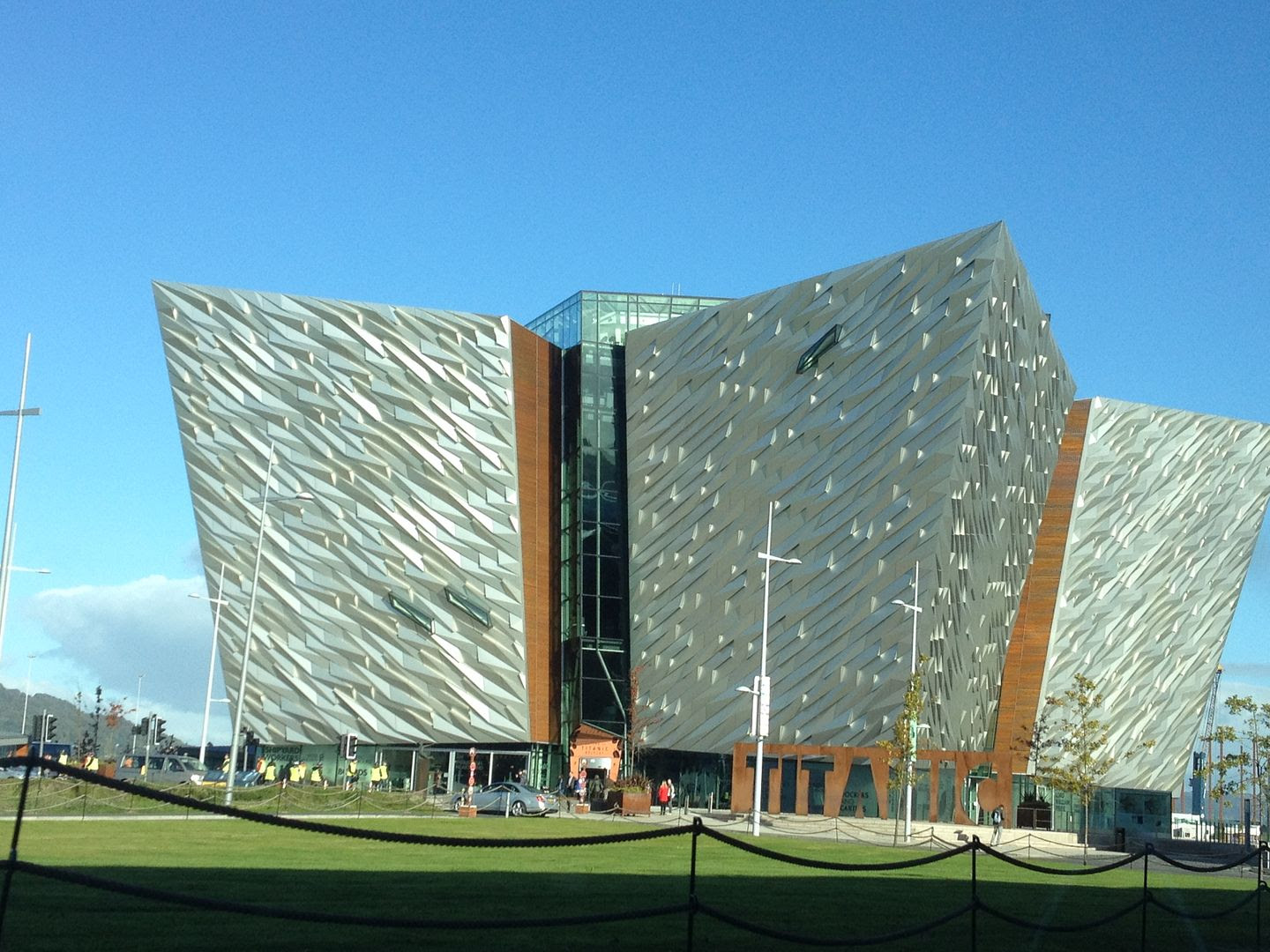 Titanic Museum in Belfast, Ireland photo 2015-10-12 10.54.31_zpsgqdnyzqy.jpg