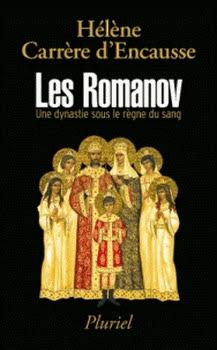 Couverture Les Romanov : Une dynastie sous le règne du sang